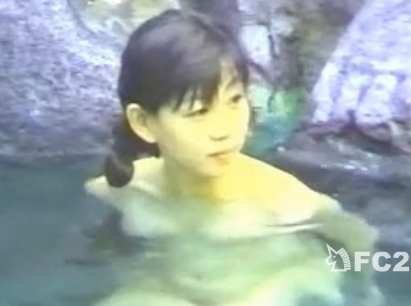 野外秘湯の湯盗撮!可愛い娘さんの多い当たり日を編集済みwww
