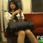 美少女JKのパンティを盗撮し続けた動画がガチ本物だった!