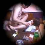 キモい中年男性と美人OLの性交現場盗撮!女性の反応薄いところからして援助交際か!