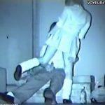 【SEX盗撮動画】激カワ小顔美少女のJKが彼氏に跨ってピストンされまくる青姦カップルの痴態w