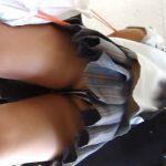 【隠し撮り動画】超絶スーパー美形女子高生の逆さ撮りパンチラ映像が背中チラまで高画質で収録されてる大傑作w