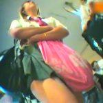 【パンチラ盗撮動画】本物JKの放課後の下半身がマジ最強!リアルで生々しく撮影された正真正銘の危険映像うp!