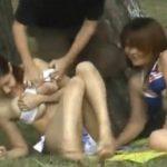 【悪戯盗撮動画】ビキニギャル猥褻強襲!イキナリ剥ぎ取られてオマ○コ露出や巨乳ポロリさせられる美女達多数w