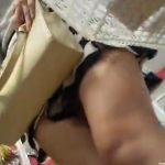 【パンチラ盗撮動画】百円ショップの大御所ダイソーでマジで普通一般人のお姉さんを逆さ撮りした危険パンティ映像w
