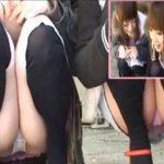 【パンチラ盗撮動画】フリマに出店してニーソックスがそそる可愛い二人組ギャルの股間を真正面の特等席から撮影!