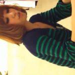 【リアル盗撮動画】個性的でメチャ可愛いショップ店員さんに接客させてスキを伺いパンチラを攻略した撮り師の功績w