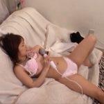 【自慰行為盗撮動画】彼女の部屋に隠しカメラを設置した男性の投稿映像!電マの快感に喘いでるお姉さんの痴態!