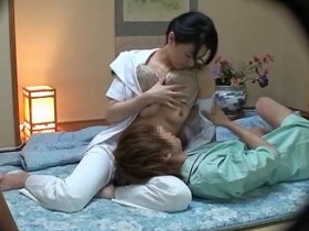 【SEX盗撮動画】旅館専属のマッサージ師の超美人妻が若い男性に口説かれて赤ちゃんプレイから本番セックスw