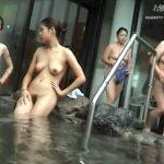 【リアル盗撮動画】女子風呂に潜入した女撮り師が計り知れないお宝を収録して来た!鮮明な素人女性達の裸体w