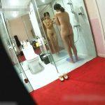 【民家覗き盗撮動画】観覧注意!中国大富豪自慢のパイパン妻の裸体をメイドが隠し撮りしてネット公開した!