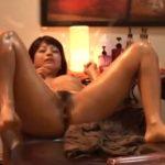 【セックス盗撮動画】オイルマッサージ師に陰部を刺激されて肉棒を欲しがってしまった美女がハメられて絶頂!