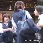 【隠し撮り動画】こんな人混みの中で制服JKを尾行してパンチラを撮影してしまう英雄の投稿映像を発見w