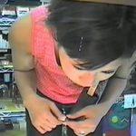【盗撮動画】商品棚に設置されてギャルの胸チラやパンチラを撮影する重役に大抜擢されたカメラの映像w