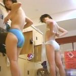 【盗撮動画】ガチ本物!スーパー銭湯の女脱衣所映像!怪物に紛れて美人も裸体を惜しみなく収録中w