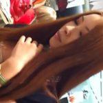 【盗撮動画】美人過ぎるショップ店員の小島さんは胸チラの谷間もTバック食い込みパンチラも最強レベルw