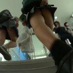 【HD盗撮動画】制服女子高生の果てしなき尾行パンチラ!高画質カメラ持参でパンティを狙い撮り攻略したw