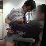 【盗撮動画】あくまで性教育の一環として優等生JKなメガネ女子を騙してマ●コを貫通して味わう変態医師!