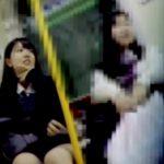 【HD盗撮動画】出来る子は違う!優等生タイプの美少女JKのパンチラを逆さ撮りすると期待通りの純白ものw