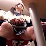 【動画】母親同伴でエステに訪れたロリ美少女のJKを施術師がセクハラマッサージから容赦ない中出しレイプ!