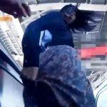 【盗撮動画】観覧注意!スミマセン、バレました!ギャルのスカート捲りパンチラ撮影してると絶体絶命の大ピンチ!