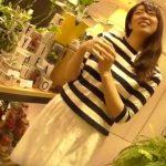 【盗撮動画】花屋さんのショップ店員さんが綺麗過ぎてアパレル店員のパンチラ撮影の予定を急遽変更して撮影www