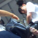 【HD盗撮動画】BORMAN!ミニーマウス風!二つのお団子ヘアーが個性的な女子校生のパンチラを逆さ撮り!
