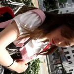 【盗撮動画】マジ撮り師がキモい!街中でお姉さんやギャルに声をかけて顔撮りしそのまま尾行して捲りパンチラ!