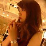 【盗撮動画】マジで!瞳がでけー!!逆さHEROが大人のフェロモンお姉様なショップ店員のパンチラ撮影www