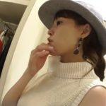 【盗撮動画】逆さHERO氏!帽子がお似合いの知的な美人ショップ店員のロングスカートからパンチラ攻略www