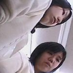 【盗撮動画】いかにもウブで処女そうな制服女子校生のパンチラを乱獲しまくる撮り師が映像公開したwww