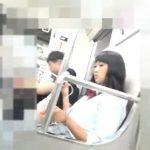 【HD盗撮動画】電車で見つけたオカッパヘアーの制服女子校生のパンチラを鞄に仕込んだカメラで収録www