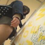 【盗撮動画】放課後の制服JKたちをローアングルの世界から撮影!程よい肉付きの下半身とパンチラwww