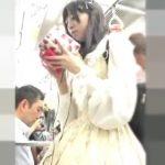 【盗撮動画】もはやコスプレ級のロリータファッションに身を包んだおとぎの国の美少女の逆さ撮りパンチラwww