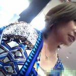 【盗撮動画】顔が整いすぎてマネキンのように美形なショップ店員のお姉さんのパンチラをGETしたwww