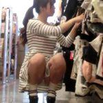 【盗撮動画】超贅沢映像!美人ショップ店員のギャルの粘着してパンチラも胸チラも撮りまくった作品!