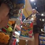 【盗撮動画】ヤバいやつ!友達と楽しく買い物中の美少女JKに粘着して会話やパンチラを独占無断撮影!