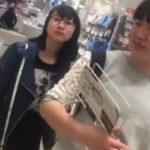 【盗撮動画】マニア受けは必須のメガネっ子娘をガチガチにマークしてパンチラ撮りまくり終いには捲る!