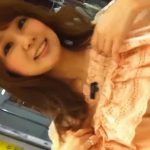 【盗撮動画】ここまでキレイで可愛いのは奇跡的!美人ショップ店員さんの胸チラ&パンチラが最高すぎる!