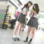 【HD盗撮動画】鮮明パンチラ映像!被写体はバリバリ現役のJK美少女!パンティを撮るために尾行!