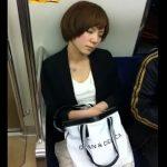 【盗撮動画】イイやつです!本田翼ちゃんみたいなショートヘア美人が電車で居眠り中のパンチラ!