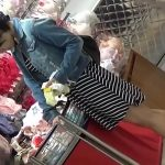【HD盗撮動画】下着を物色していたショートヘア美人お姉さんが気に入ったので尾行してパンチラ撮影!
