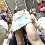 【盗撮動画】イイやつです!超SSS級の八頭身小顔美少女のミニスカギャルを尾行してパンチラ捕獲www