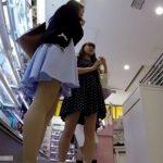 【盗撮動画】イイやつです!抜群に可愛いお姉さんたちのスカート内を逆さ撮りしまくってパンチラ撮影www
