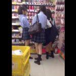 【盗撮動画】放課後の美少女女子校生を粘着ストーカー!新鮮な下半身から無断収録したパンチラ!