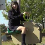 【HD隠撮動画】天然ピュアな無防備清純美少女が公園デート!萌え萌えキュートなパンチラを無断撮影!