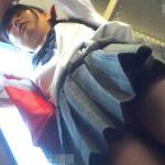 【HD盗撮動画】BORMAN!お気に入りの美少女を発見すると中学生化もしれないのにパンチラ激撮!