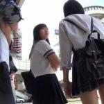 【HD盗撮動画】マジ激カワ美少女の制服女子校生の萌え萌えパンティを隠し撮りしたパンチラ映像!
