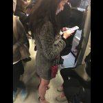 【盗撮動画】即削除!電車内で目立っていた美魔女系美熟女を尾行してパンチラを攻略して公開www