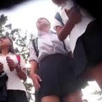【盗撮動画】女子校学際に潜入したパンチラ撮り師が映像投稿!新鮮な下半身から撮影されたパンティ!