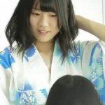【盗撮動画】校内で美少女と話題の後輩JDの浴衣姿を斜めから覗き込むとチチちらしてた胸チラ映像www